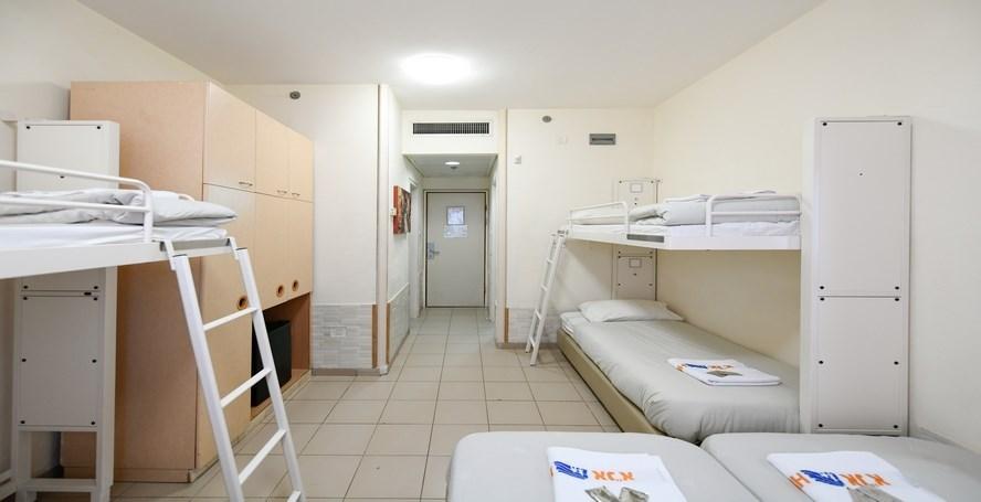 חדר משפחתי באנ&quotא אגרון -ירושלים